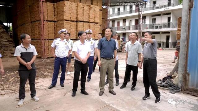 长汀县领导带队调研安全生产工作