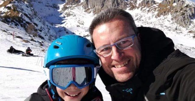 意大利父亲网上晒与儿女愉快度假合照,几小时后竟杀死孩子并自杀