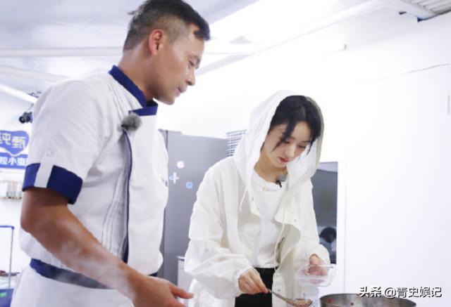《中餐厅》正式开播,赵丽颖首次回归综艺,刚开播就闹矛盾?