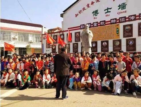 中國學霸村:考出26名博士,128名碩士,共659名大學生