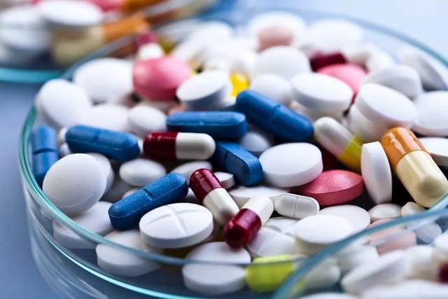 最易伤害老人的十种常用药