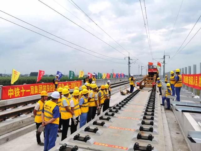 通通有好料:珠海居民恢复澳门自由行/多地轨道交通建设新进展
