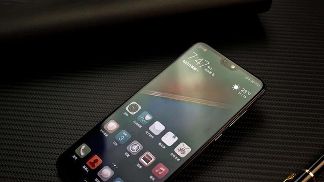 华为旗舰手机mate系列与p系列得定位有什么不同?