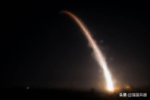 凌晨时分,美军向太平洋发射一枚洲际导弹,几分钟就被中国监测?