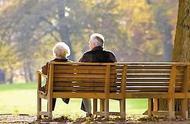 当你老了,理想的生活或许是这样的