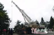 湖南大巴车在井冈山滑落山谷后续:22日事故车辆正在打捞