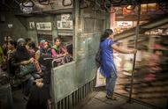 在印度搭乘火车是什么感受?看着就够了