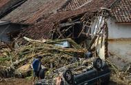 印尼发生洪灾和山体滑坡 致19人死亡