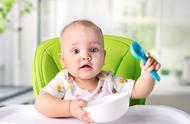 发现宝宝是左撇子需要纠正吗?左撇子宝宝比右撇子宝宝更聪明吗?