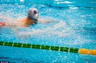 号外:军运会男子4x200米自由泳接力出现滑稽一幕,裁判喊停无效