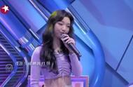 火箭少女101成员演唱《行动家》,李紫婷唱跳都能打