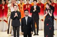 """在音乐世界里挥舞""""魔法棒""""——记中国国家交响乐团副团长、首席指挥、民革党员李心草"""
