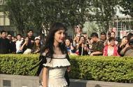 31岁杨幂留空气刘海秒变少女,网友:这像个生了孩子的已婚妇女?