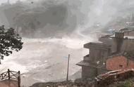 今年首个红色预警的台风来了!登陆现场是这样的……