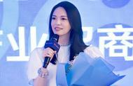 姚晨担任金鸡奖形象大使,以一袭长裙出席发布会,被赞实至名归
