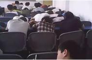 一夜开除40名学生被上诉:在最好的时光睡觉,是对生命最大的辜负