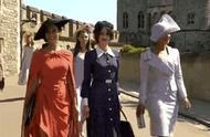 英国王室最爱收藏雨伞和帽子,像极了我们集手办的样子…