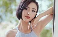 有一种委屈叫佟丽娅,明明美得很独特,却被修图成秦岚