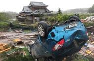 直升机救援受灾日本民众时出现失误,老奶奶40米高空坠亡