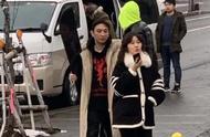 网友日本偶遇王思聪滑雪,身旁女友颜值曝光,被粉丝调侃质量太差
