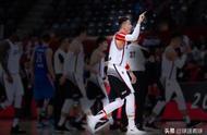 带伤23+17篮板创生涯新高,深圳男篮逆天取胜别忘了他是最大功臣