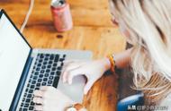 八成职场女性焦虑且抑郁,直言手机让人更疲惫!你有类似经历吗?