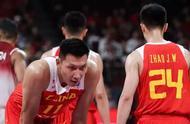 男篮无缘16强,杨毅忍不了,点名批四将:中国篮球倒退了10年