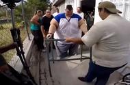 胖子的潜力有多大?世界史诗级最胖的人,为活自救疯狂减重660斤
