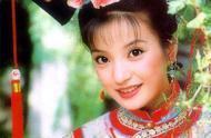 21年前的小燕子21年后的赵薇,从演员到歌手再到制片人
