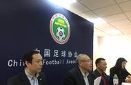 中国足协正式回应厄齐尔言论!阿森纳着急撇开关系,球员拒发声