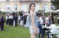 张梓琳女儿,三岁看起来像十几岁的少女,好美