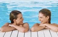 """拒绝歧视,巴塞罗那市政府下令:公共泳池必须允许女性""""裸泳"""""""