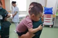 """""""宝宝不哭,阿姨抱抱""""!车祸现场这一幕,感动了所有人"""