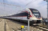 """超硬核!北京大兴机场线列车""""青岛造""""比普通地铁快一倍"""