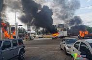 遭重武攻击!墨西哥警方抓大毒枭之子受围攻 警察局被包围