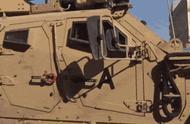 库尔德人向美军车砸土豆:滚,骗子