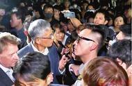 被暴徒围堵辱骂5小时 港科大校长:不会因遭受屈辱就屈服