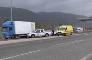 又一起!希腊警方发现一辆载41名移民的冷藏货车 司机已被捕