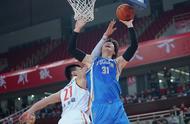 篮球——CBA常规赛:福建豹发力胜八一南昌