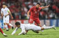赛后响起下课声!张琳芃自摆乌龙,国足客场1比2不敌叙利亚