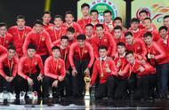 「听」2019赛季中超联赛颁奖典礼在沪举行,保利尼奥MVP,恒大独揽5奖成大赢家