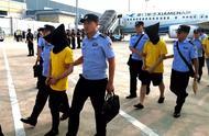 """""""云剑""""行动再出拳,244名电信网络诈骗犯罪嫌疑人从菲律宾被押解回国"""