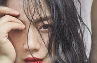 湯唯紅唇濕發造型,性感又文藝,女神在線撩人