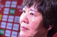 郎平用心良苦!14位报名球员全部上场,铁榔头泪洒日本强调16个人