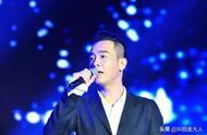 就因力挺港警,陈小春台北演唱会上,被逼穿防弹衣?令人唏嘘