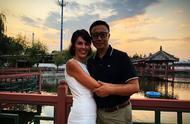 Kim原谅家暴前夫李阳:爱就该没有原则和底线?