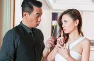 恭喜!陈小春演唱会期间突然宣布二胎:老婆应采儿孕期刚满三个月