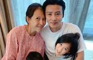 46岁蔡少芬三胎产子,张晋喜提大胖小子笑开花,一家人其乐融融