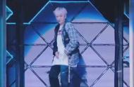 EXO边伯贤白头发太燃了 演唱会第一次看见一个真的high的伯贤