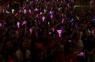 周杰伦演唱会现场,一首《我不配》全场粉丝大合唱!